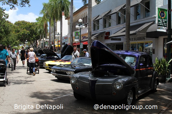 Dream Car Classic Show in Downtown Hollywood, FL.(2)