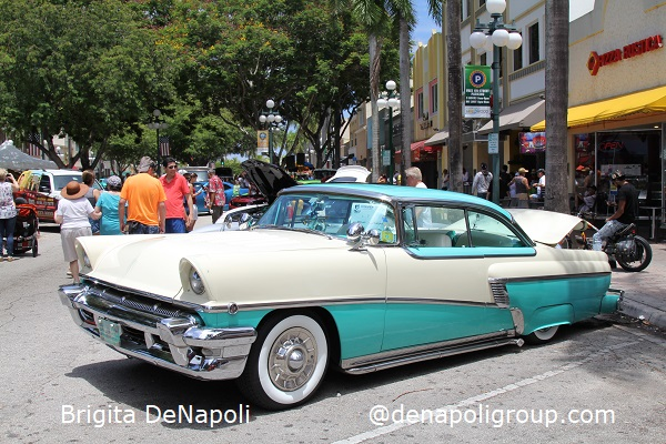 Dream Car Classic Show in Downtown Hollywood, FL.(3)