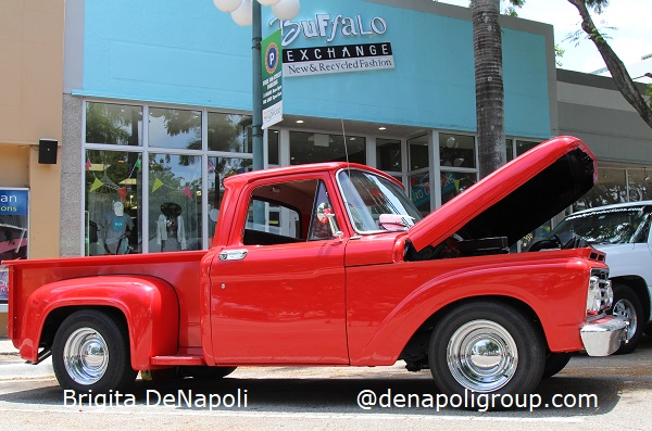Dream Car Classic Show in Downtown Hollywood, FL.(5)