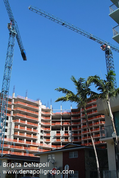 New highrise construction in Hollywood, FL ( corner of Hollywood Blvd. & Dixie Hwy)
