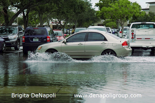Parking lot flooding in Davie, FL (3)
